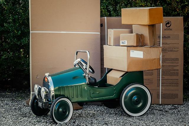 package-1511683_640